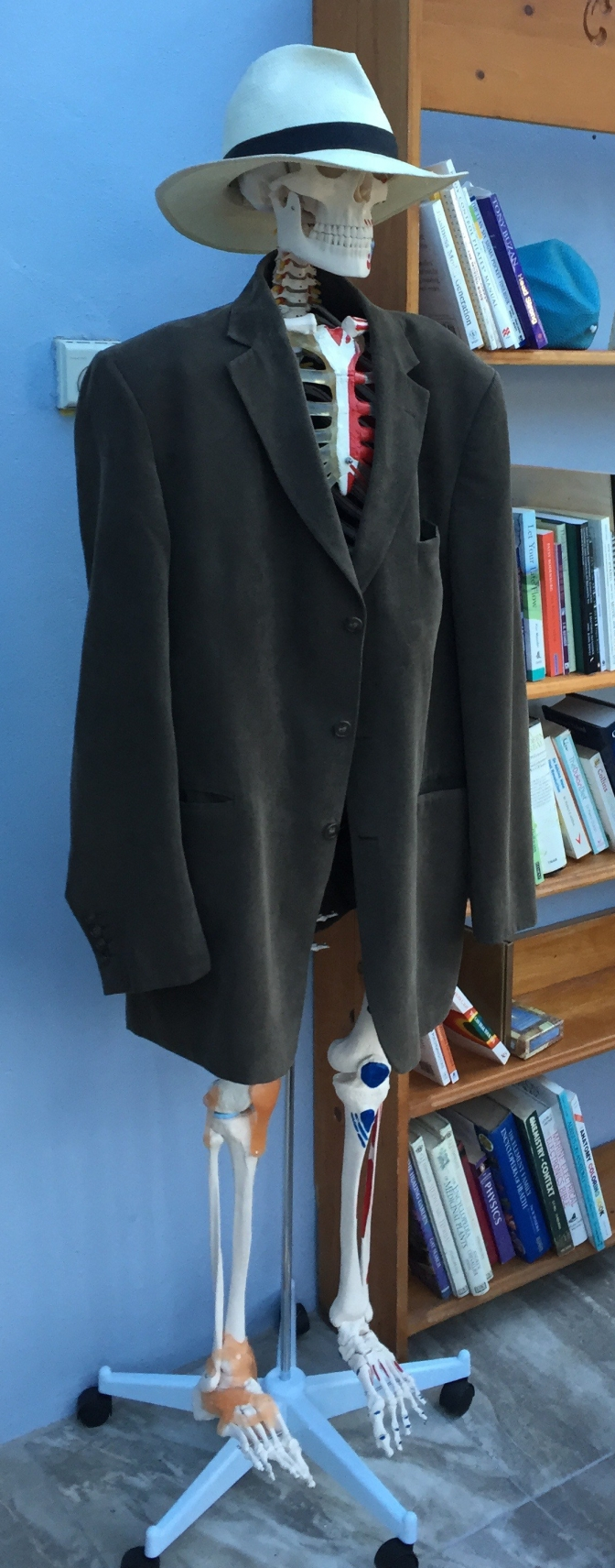 The perfect student or the Alexander Overcoat